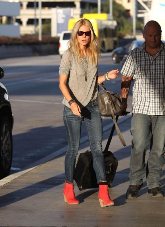 Gwyneth-Paltrow-R13-Skinny-Jeans-Blue-1-e1347159491557